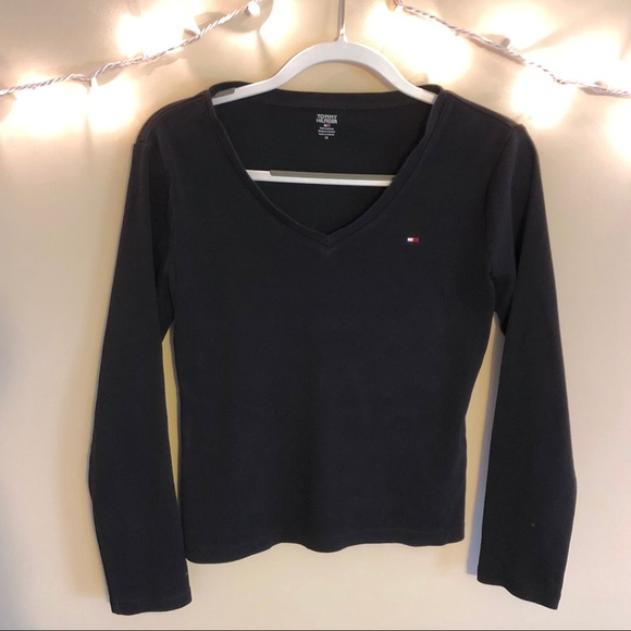 40197e3a Tommy Hilfiger | Black Long Sleeve Top with Logo. M_5bcfb0ccf30369d04cc50c07